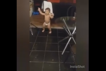 Танцор в подгузнике
